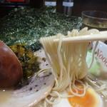 ヌードルワークス - 大分豚骨ラーメンの麺