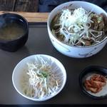 松の実 - 豚丼のランチセット