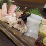 たま川 - 刺身三品盛り