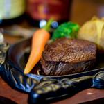 那須の洋食屋 グリル三笠軒 - 料理写真:自慢の厳選フィレステーキ