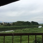 加月食堂 - 巨勢川沿いの店