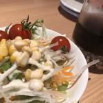 ご馳走 DE がんす - サラダ、飲み物おかわり自由(ランチ)