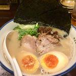 麺の坊 砦 - 砦ラーメン 海苔と半熟卵950円税込