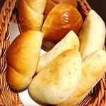 88821746 - ヤマザキにしか作れないヤマザキのロールパン