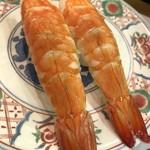 廻鮮寿司 塩釜港 - 蒸しエビデカイですが身は薄いです