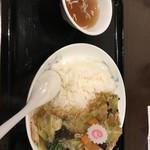 88829953 - 中華丼大盛り