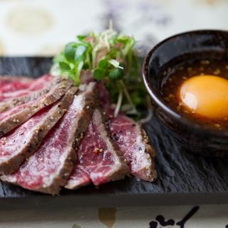 国産和牛のレアステーキ