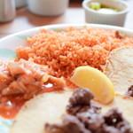 ラ・カシータ - 【ランチ・プレート@税込1,000円】メキシカンライス:かなり固めの仕上がり。米粒が主張し、パラパラと。