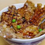 ぱんちょう - 豚丼(梅)