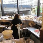 トリニティ オイスター ハウス - 生牡蠣ありました