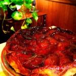 スクアール・ビストロ - 料理写真:人気のデザート『タルトタタン』