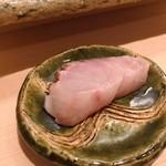 鮨みやもと - 小田原産 黒むつ 焼き霜造り