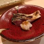 鮨みやもと - 〆ゴマサバ 焼き霜造り
