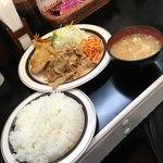 キッチンABC - 今月のおすすめ ポーク生姜焼+かしわ天('18/07/07)