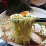 麺屋33 - 特性 丸鶏旨味そば(塩) 麺