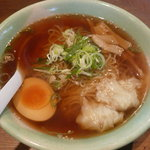 8886698 - 比内地鶏のミニ親子丼と特製らーめんセット(980円)~特製らーめん