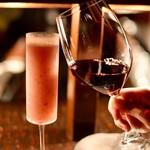 bar 松虎 - ピオーネベースのシャンパンカクテルを