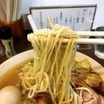 鶏こく中華 すず喜 - 麺リフト