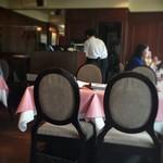 ル・パルク - 2階テーブル席