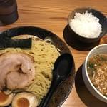 麺屋 義國 - 料理写真:ざる冷やしと小ライス