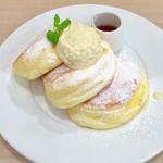 88870425 - 幸せのパンケーキ