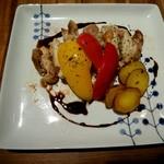 オーガニックカフェアンドスウィーツ ケイゴ - お肉と野菜のグリル