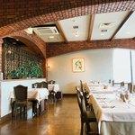 近江牛レストラン ティファニー - 店内 ピーク時は満席だったので、帰る間際に撮影
