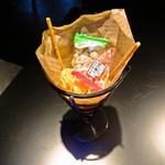 香格里拉 - お通し 180円
