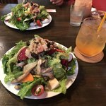 SUGIE - ランチのサラダ