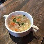 SUGIE - ランチのスープ