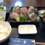 いわし料理 善 - 料理写真:チョット豪華な刺盛り定食