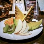 バー アシベ - ■フルーツ盛合せ