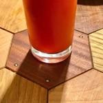 スタンドバーオレンジ - カウンター上面の模様(パーツ)が、なんとなくコースターに見える、気がする。