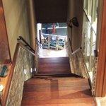 J.S. BURGERS CAFE - 階段上から見下ろした風景です。