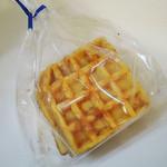ナチュール・ド・ドルチェ - 料理写真:完全無添加バウムクーヘンの生地を使ったLa petite patisserie waffle