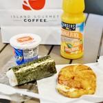 Dukes Lane Market&Eatery - 店内で朝食