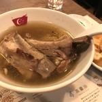 新加坡肉骨茶 - 骨付き肉骨茶 油条