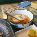 セロリ - 小鉢は温泉卵