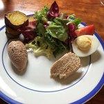マルティニーク - 【前菜】鶏レバーの滑らかなムースと豚肉のリエット