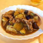 粥菜坊 - 麻辣茄子(¥734)。花椒が香るが激辛ではない。塩気があるのでお酒に合う