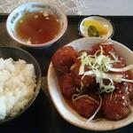 櫻井食堂 - 料理写真:肉だんごライス 900円