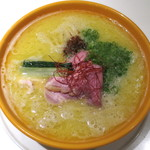 Japanese Ramen Noodle Lab Q - 白湯塩_900円