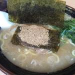 よこはま軒 - 料理写真:飛島とんこつラーメン(760円)