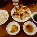 曽さんの店 - 餃子セット 610円 + ライス大盛 50円