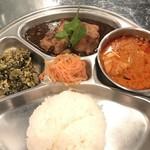 タイ料理 あろいなたべた - Eセット(¥630)