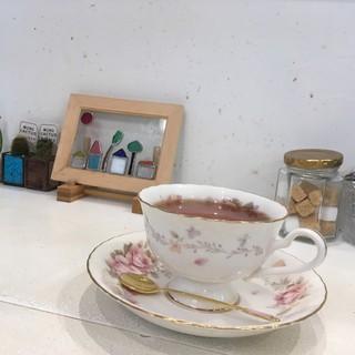 坂のうえ - ドリンク写真:伊勢の和紅茶