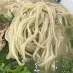 元祖長浜屋 - 麺アップ