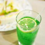 マヅラ喫茶店 - ミックスサンド、ソーダ水