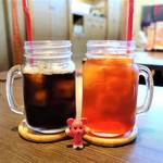 ひより珈琲 - ドリンク写真:可愛い瓶のグラスにたっぷり入ってやってきたドリンクたち