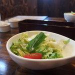 ステーキ&ハンバーグ かな井 - ランチのサラダ